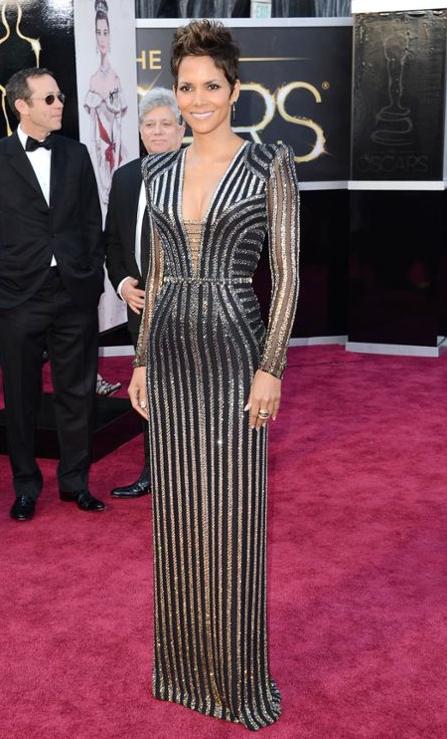 Halle Berry in Atelier Versace, blankstareblink.com