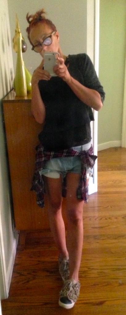 Shorts Paula blankstareblink1