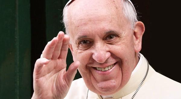 pope-francis-waving